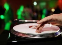Fashion DJ, Musik für's Auge